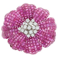 Retro 18 Karat White Gold 25 Carat Ruby and 1 Carat Diamond Flower Brooch