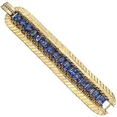 Retro 18 Karat Yellow Gold and Sapphire Link Bracelet