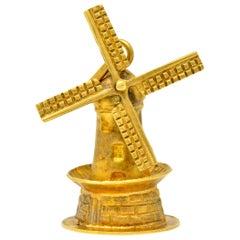 Retro 18 Karat Yellow Gold Articulated Dutch Windmill Charm