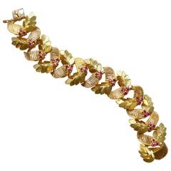 Retro 18 Karat Yellow Gold Bracelet with Rubies