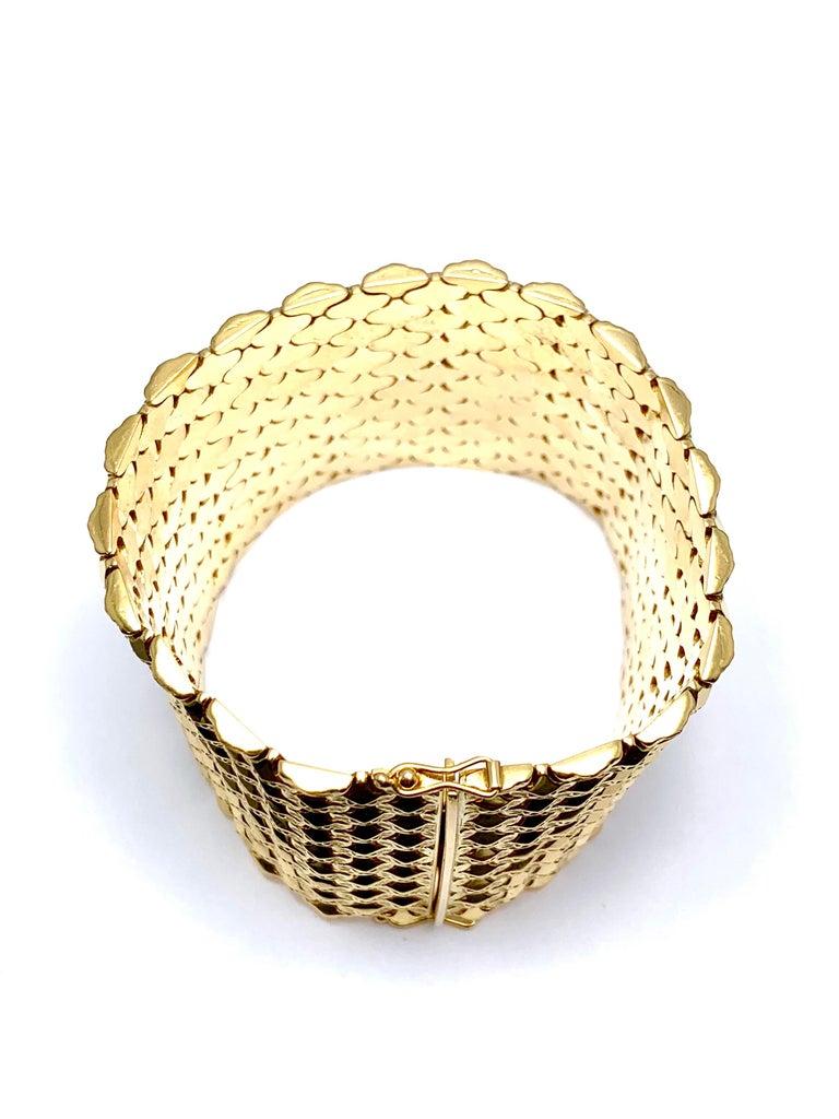 Retro 18 Karat Yellow Gold Wide Link Bracelet For Sale 6