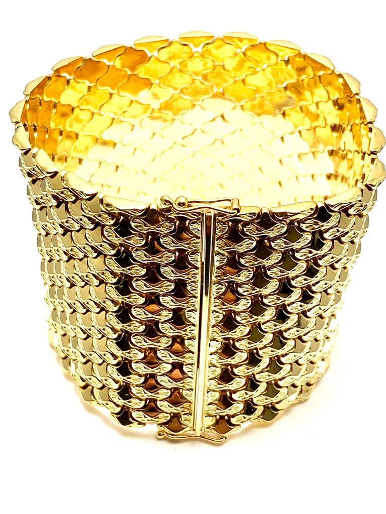 Retro 18 Karat Yellow Gold Wide Link Bracelet For Sale 5