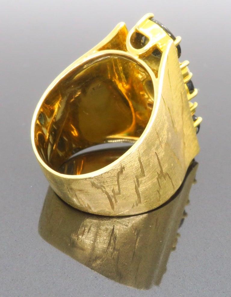 Retro 18 Karat Yellow Gold Blue Sapphire Ring For Sale 6