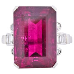 Retro 22.15 Carat Rubellite Tourmaline Diamond 18 Karat White Gold Cocktail Ring