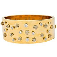 Retro 2.28 Carat Diamond 14 Karat Yellow Gold Bangle 1940s Bracelet