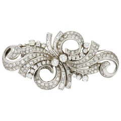 Retro 5.78 Carat Diamond Platinum Scrolling Ribbon Double Clips Brooch