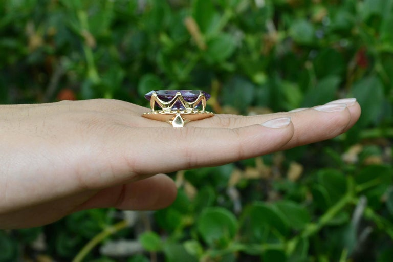 Marquise Cut Retro Amethyst Gold Cocktail Ring 8 Carat Long Marquise Statement Jewelry 1940s For Sale