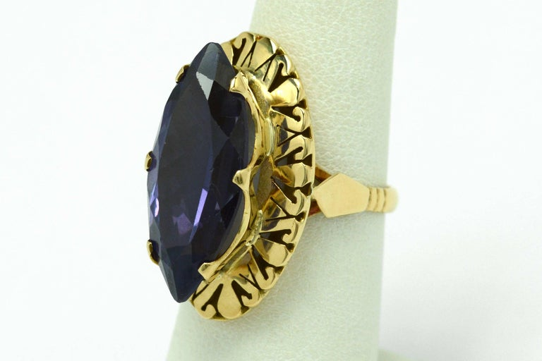 Women's Retro Amethyst Gold Cocktail Ring 8 Carat Long Marquise Statement Jewelry 1940s For Sale