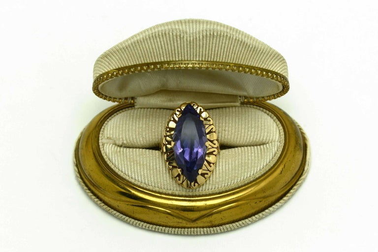 Retro Amethyst Gold Cocktail Ring 8 Carat Long Marquise Statement Jewelry 1940s For Sale 3