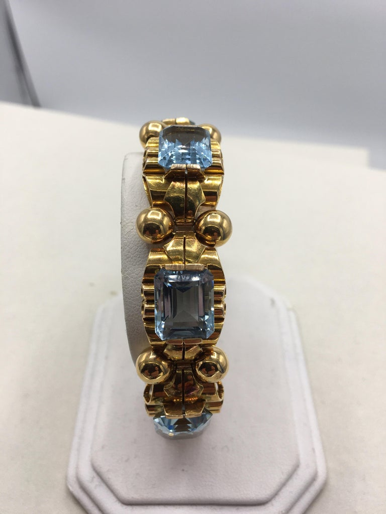 Women's or Men's Retro Aquamarine 18 Karat Rose Gold Bracelet For Sale