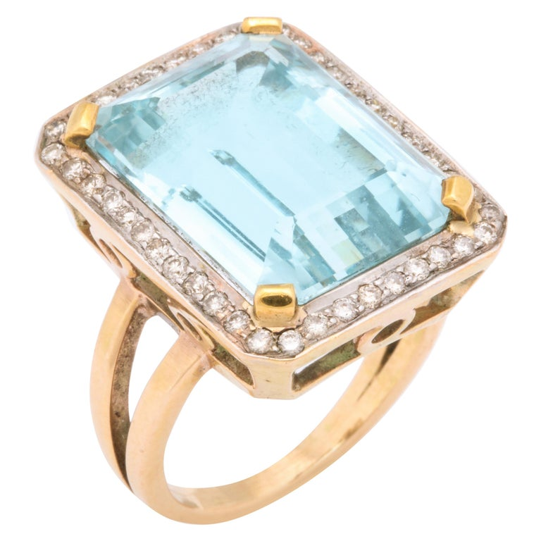 Retro Aquamarine and Diamond Ring For Sale