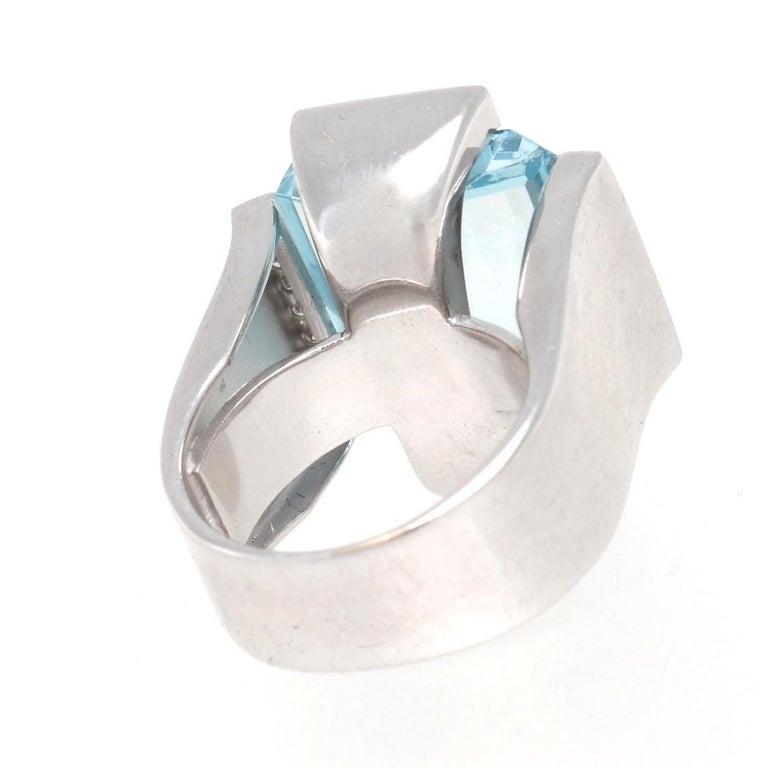 Retro Aquamarine Diamond Gold Cocktail Ring For Sale 1