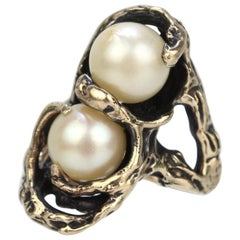 Retro Brutalist 14 Karat Gold and Double Pearl Moi et Toi Cocktail Ring