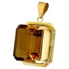 Retro, Citrine 'Yellow Orange Color' Pendant, Rectangular Emerald Cut in 18K
