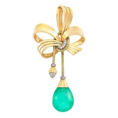 Retro Dangling Emerald Gold Brooch