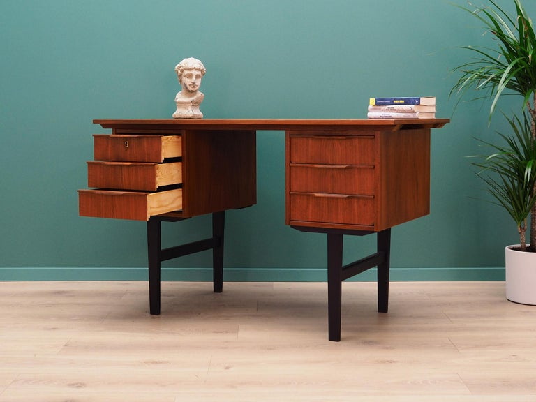 Retro Desk Scandinavian Design, 1960-1970 In Good Condition For Sale In Szczecin, Zachodniopomorskie