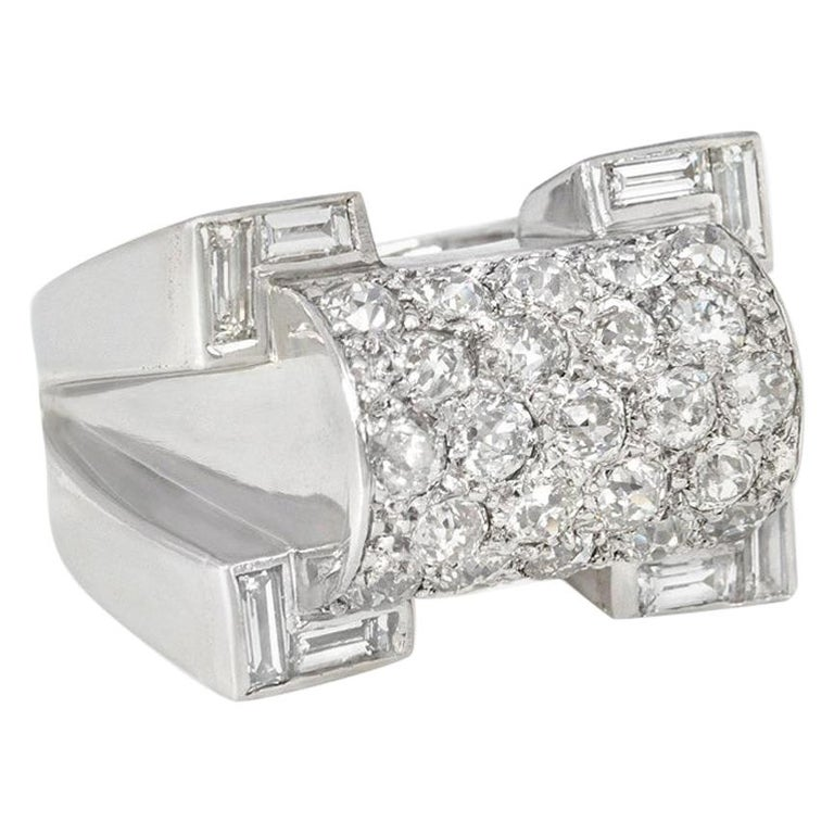 Retro Diamond, Platinum, and Gold Ring of Geometric Sculptural Design For Sale