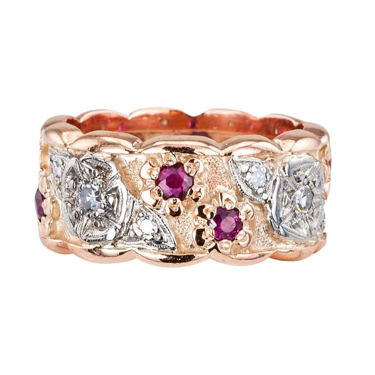 Retro Diamond Ruby Pink Gold Eternity Ring In Good Condition For Sale In Los Angeles, CA