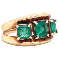 Retro Emerald 14 Karat Gold Three Stone Ring