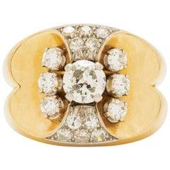 Retro French 18 Karat Gold, Platinum and 1.50 Carat Diamond Ring, circa 1940s