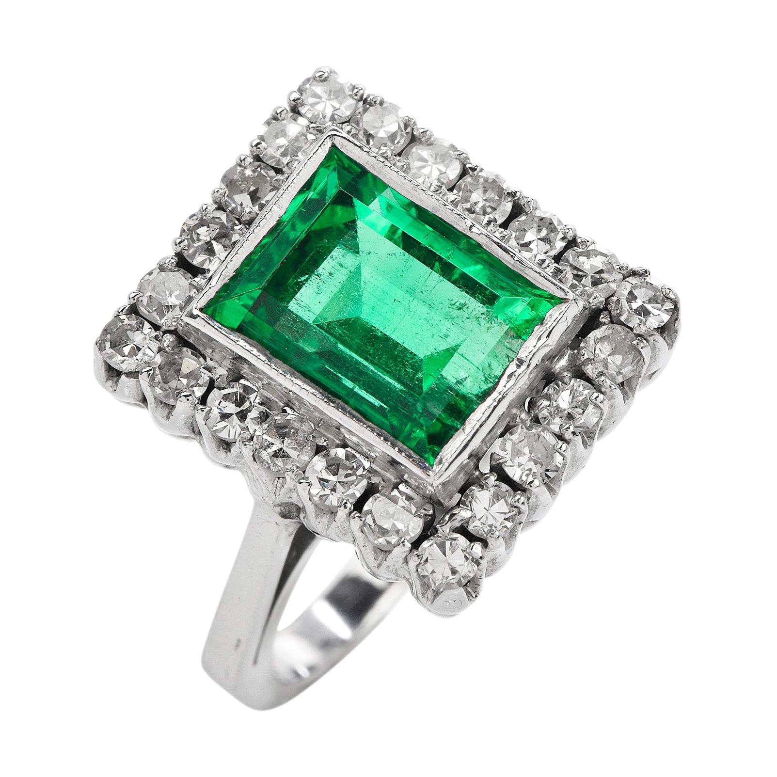 Retro GIA No Oil Colombian Emerald Diamond 18k Gold Cocktail Ring