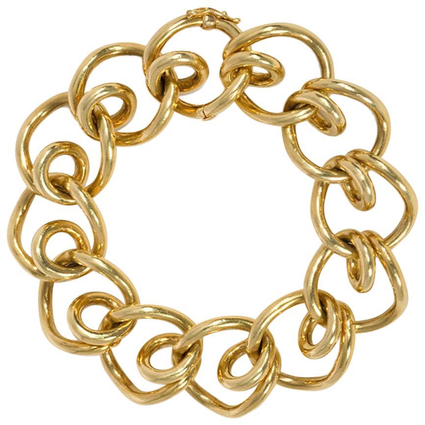 Retro Gold Bracelet of Looping Links