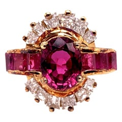 Retro Gold Cocktail Ring 3.25 Carat Natural Oval Gem Ruby and Diamond circa 1950