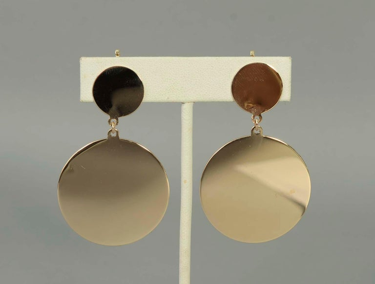 Retro Gold Dangle Earrings In Excellent Condition For Sale In Darnestown, MD