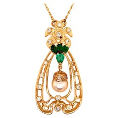 Retro Gold Pendant 1.75 Carat Natural Colombian Emerald Gem & Diamond circa 1960