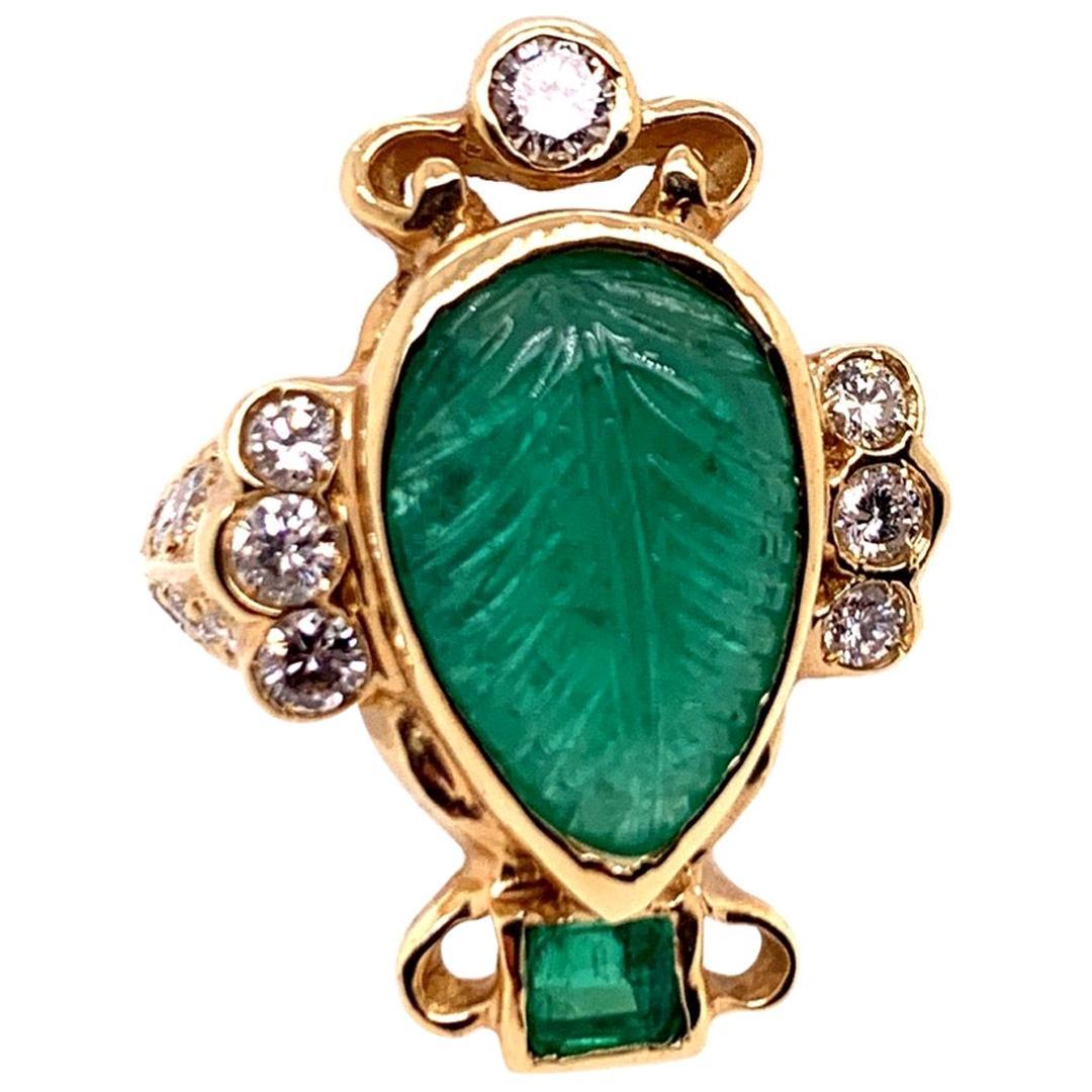 Retro Gold Ring 6 Carat Natural Carved Emerald, Diamond Cocktail Ring circa 1950