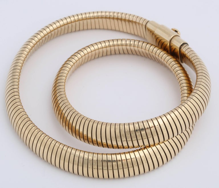 Retro Gold Snake Necklace For Sale 3