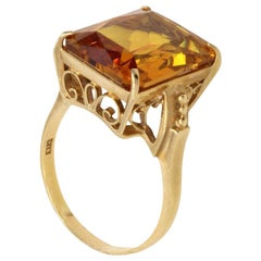 Retro Golden Citrine 18 Karat Gold Ring
