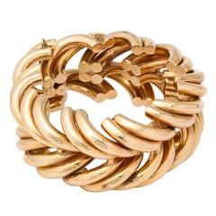 """Retro """"Illusion"""" Gold Bracelet"""