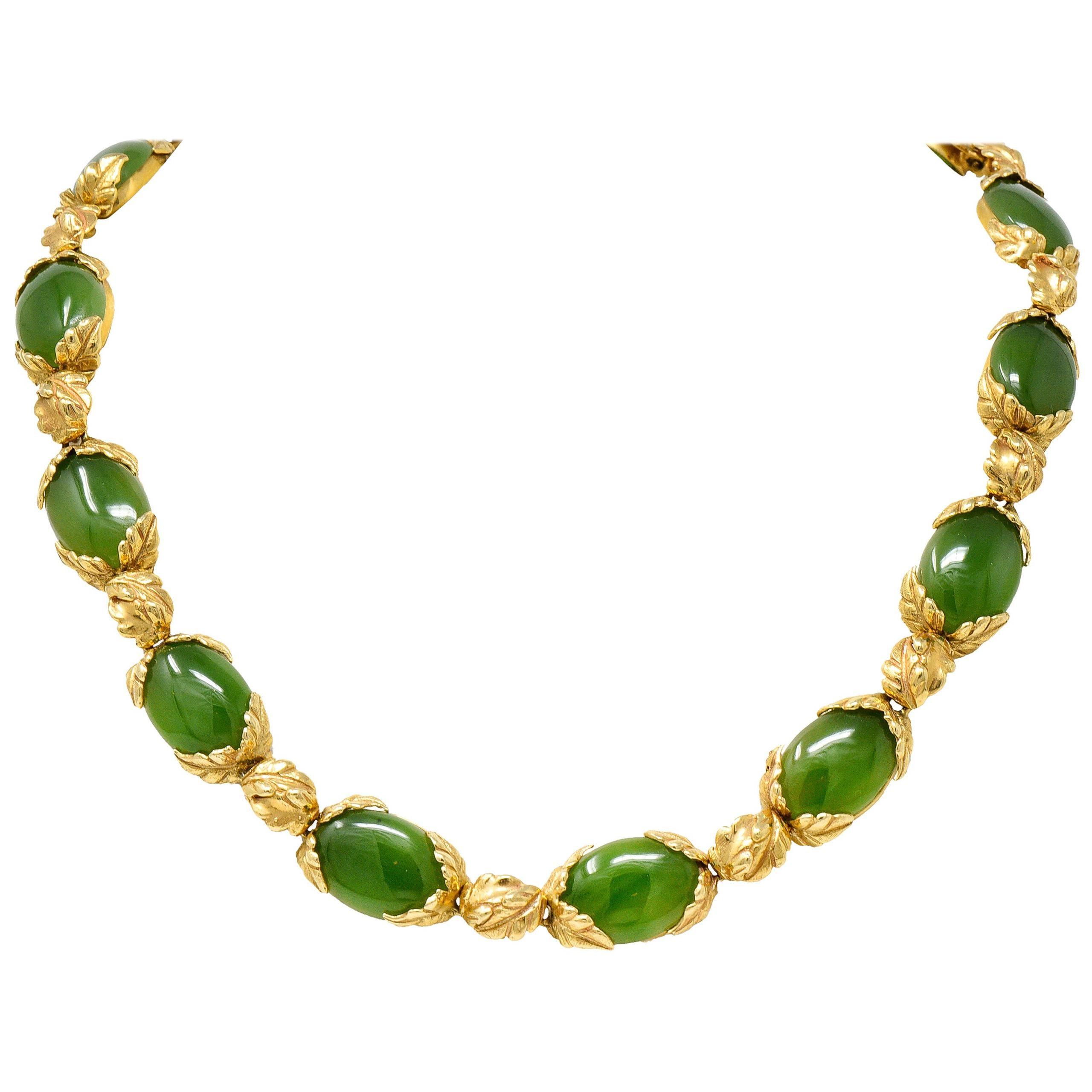 Retro Jade 14 Karat Yellow Gold Foliate Collar Necklace