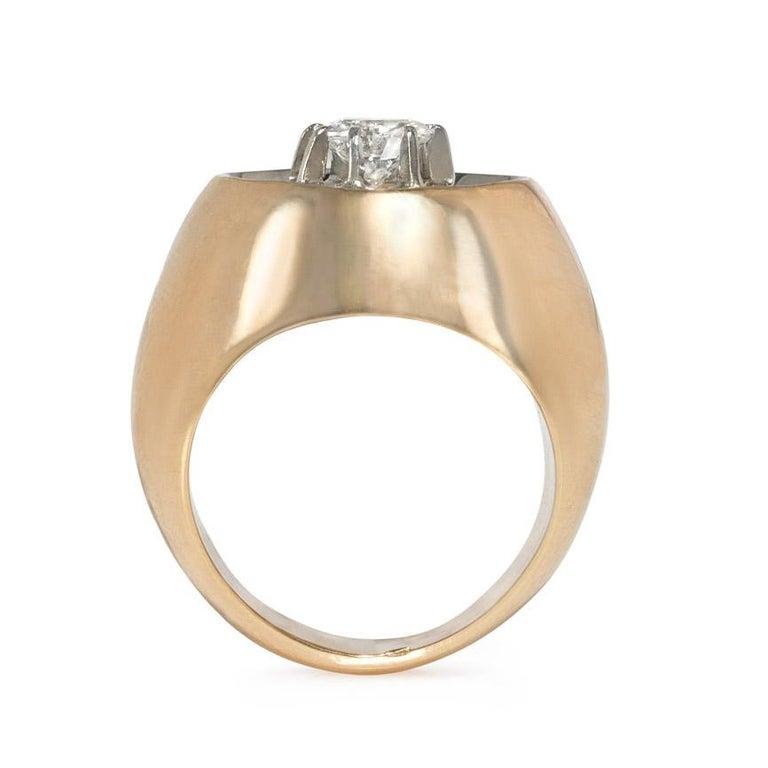 Brilliant Cut Retro Modernist Gold and Diamond Ring of Concave Reflective Design For Sale