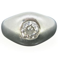 Retro Monture Cartier Diamond Gypsy Ring, 18 Karat White Gold, circa 1950