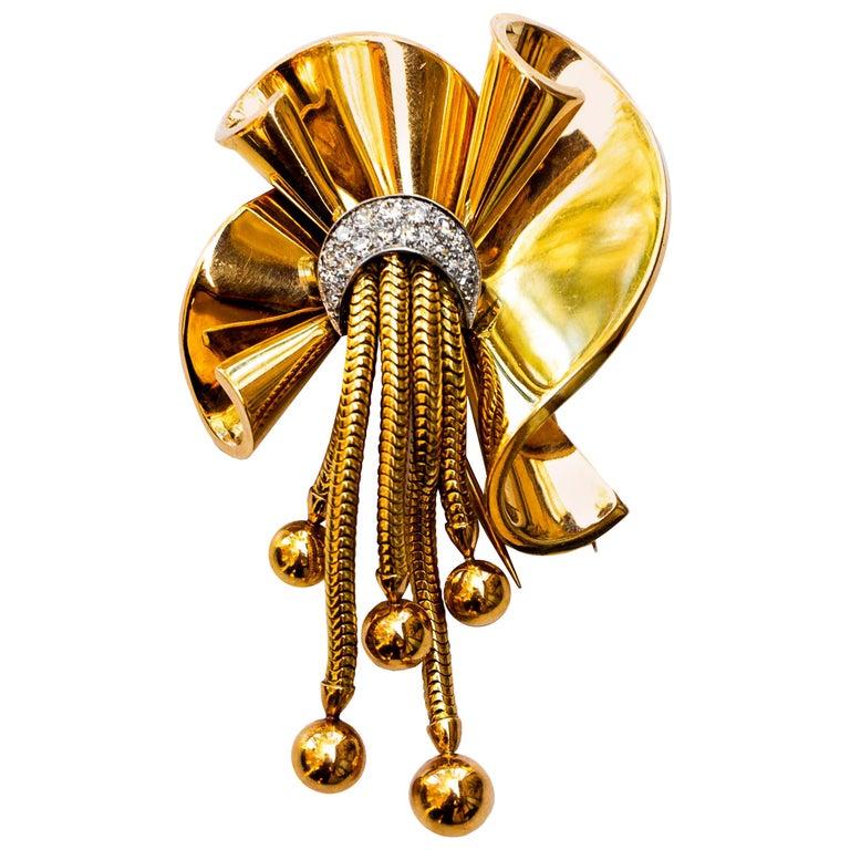 Retro Period Diamond Brooch 0.4 Carat 14 Karat Gold For Sale