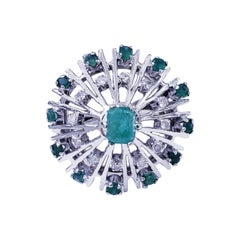 Retro Platinum 1 Carat Emerald Cluster Cocktail Ring