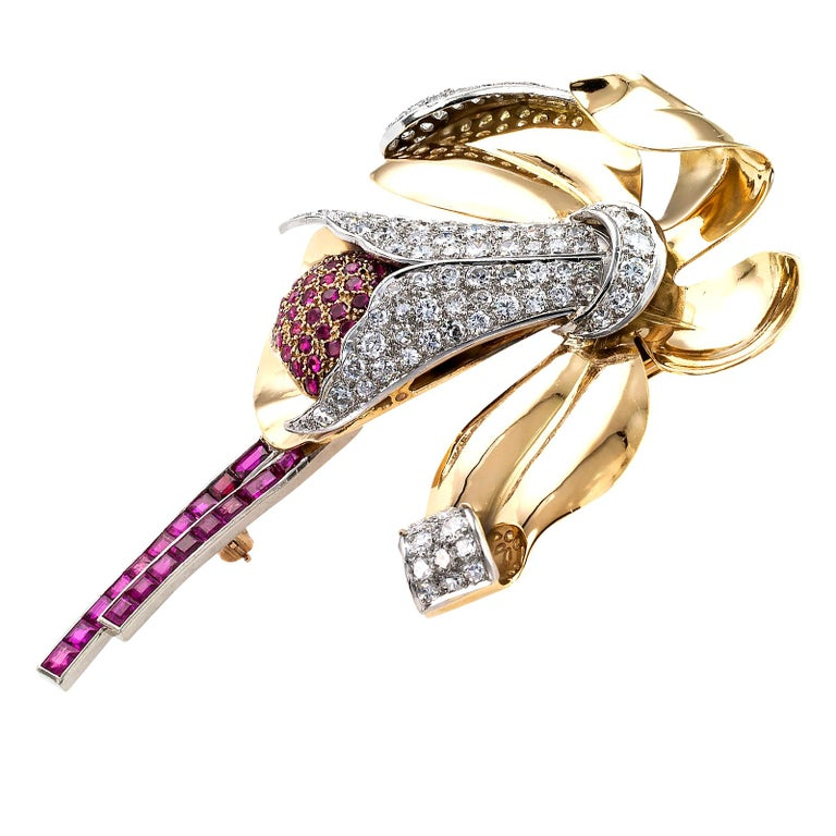 Retro Ruby Diamond Gold Platinum Orchid Brooch In Good Condition For Sale In Los Angeles, CA