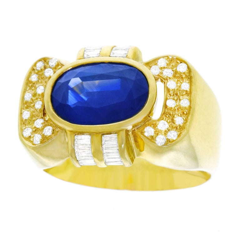 Retro Sapphire and Diamond Set Gold Ring
