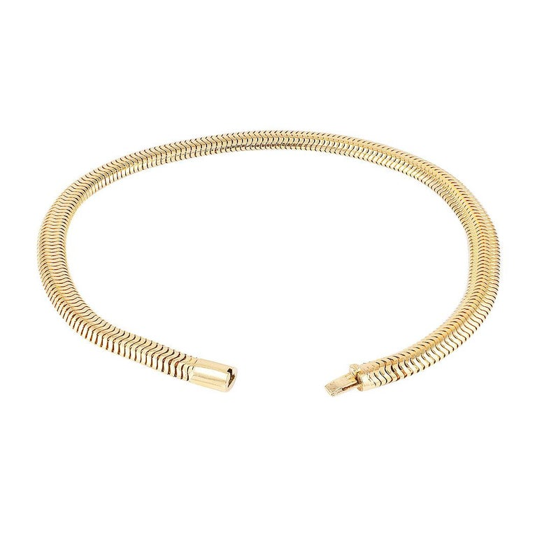 Retro Snake Chain Yellow Gold Necklace In Good Condition In Los Angeles, CA
