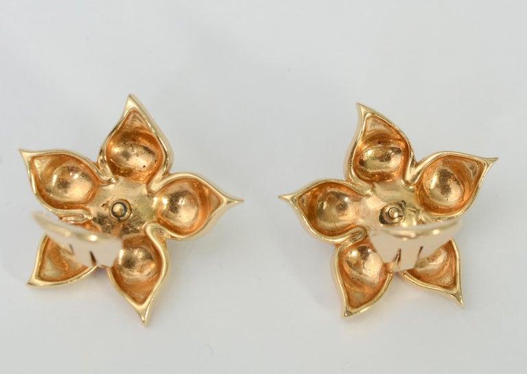 Women's or Men's Retro Star Flower Sapphire and Diamond Earrings For Sale
