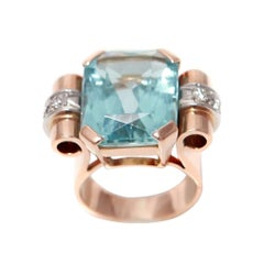 Retro Tank 16 Carats Aqua Marine Diamonds 18 Carats Rose Gold Cocktail Ring