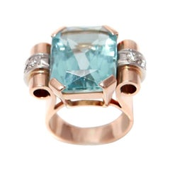 Retro Tank 16 Carats Aqua Marine Diamonds 18 Carats Rose Gold Cocktail Ring