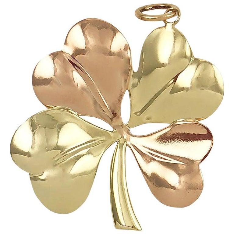 669ccb1972070 Retro Tiffany & Co. Gold 4-Leaf Clover Pendant