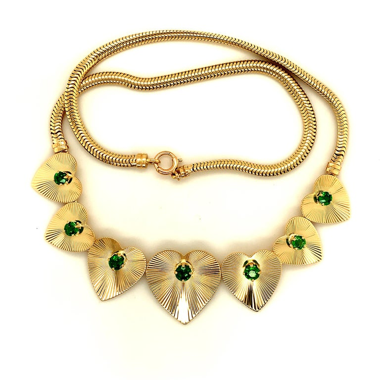 Round Cut Retro Tiffany & Co. Heart & Green Garnet Necklace For Sale