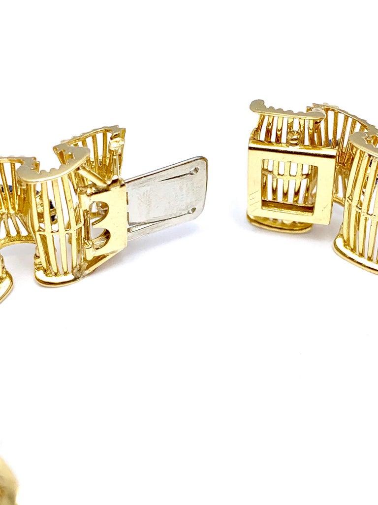 Retro Tiffany & Co. Round Sapphire and 18 Karat Gold Ribbon Bracelet For Sale 4