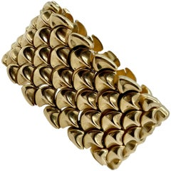 Retro Yellow Gold Scallop Link Bracelet