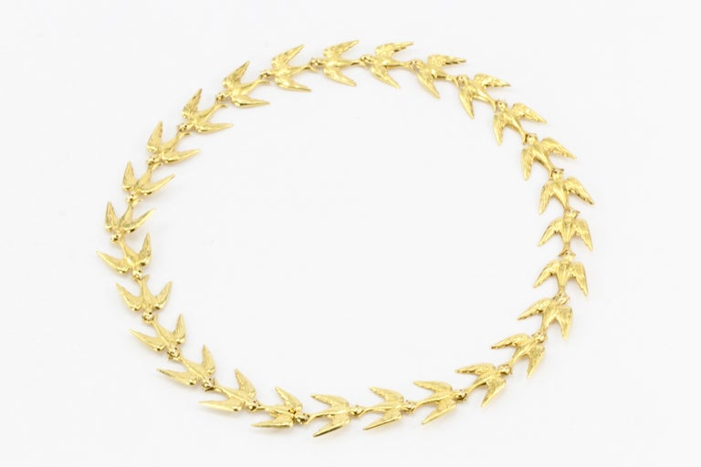 Retro Yellow Gold Swallow Chain Necklace, circa 1950s In Excellent Condition For Sale In Cape May, NJ