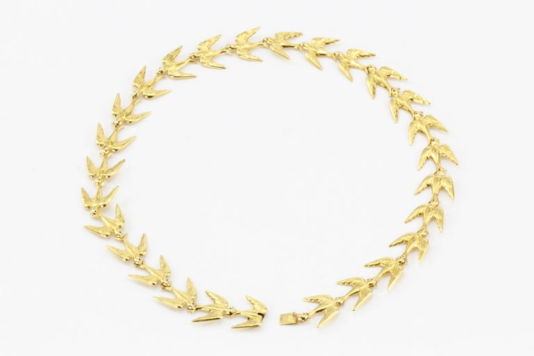 Retro Yellow Gold Swallow Chain Necklace, circa 1950s For Sale 2